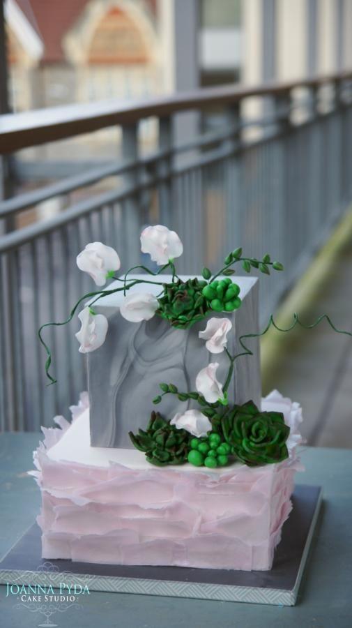 Marble cube by Joanna Pyda Cake Studio