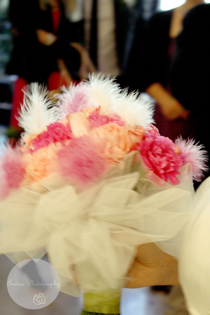 I love weddings ......