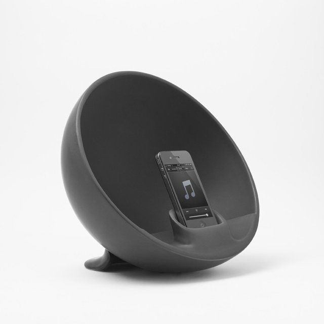 The speaker's elegant semi-spherical shape allows Hemisphere to amplify the sound coming from the speakers of any iPhone or iPod model. Handcrafted in Italy, this glazed ceramic item amplifies sound solely through the acoustic properties of its material and form. It also serves to decorate spaces. 27 x 22 x 30. Compatible with iPhone 5S, 5C, 5, 4S, iPod Touch 4 and 5, 4, Samsung, Nokia, LG. Please allow 1-2 weeks for delivery.