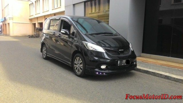Honda Freed PSD / E 2014   bln 5 Record. Airbags. AC Double.  Retract mirror. ECO Mode. Camera.  Foglamp. Rearspoiler. Bodykit. Grile Mugen+ori.  2TV Headrest+ori. Headlamp Projector angeleyes DRL.  Vkool. Nopol 2 Angka.    -Harga Paling Murah:  OTR 229Jt  Hubungi Team FOCUS Motor:  (Chatting/Message not recommended )  Regina 0888.8019.102 Kenny 08381.6161.616 Jimmy 08155.1990.66 Rudy 08128.8828.89 Subur 08128.696308 Rendy 08128.1812926