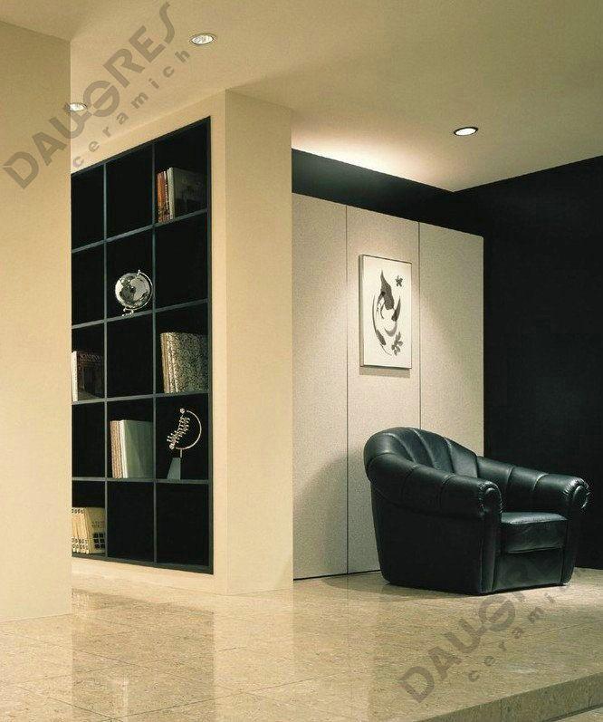 Daugres-Polished tile Travetino