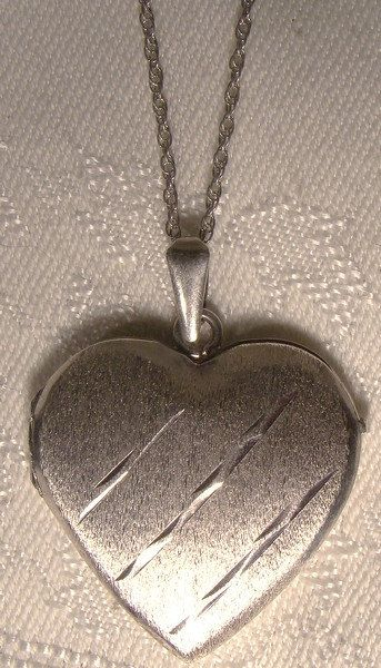 Heart Sterling Silver Locket & Chain Necklace 1970s