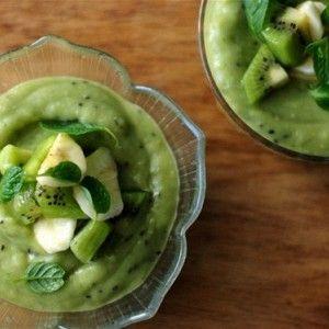 Зеленый пудинг с авокадо, киви и лаймом