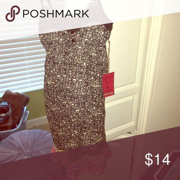 Billabong Gypsy dress Cute little dress with a slight ruffled bottom Billabong Dresses Midi