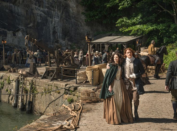 Why Season 2 of Outlander Is Already Different From the Book - If you're a fan ofDiana Gabaldon'sOutlandernovels, you may have been a little shocked just mom...