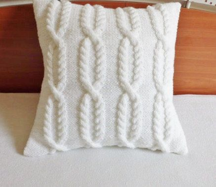 Soft white cable knit pillow cover chain link by Adorablewares