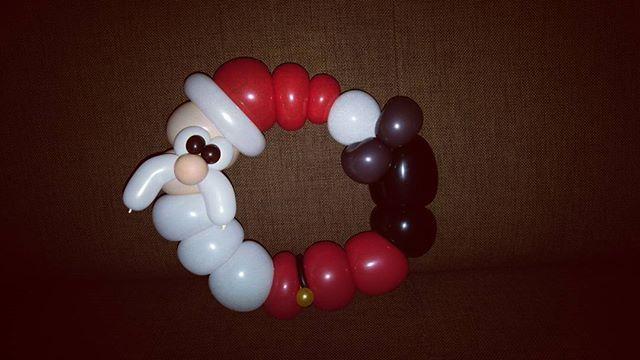 Balloon Santa Claus. #balloon #balloonart #santaclaus #limatwist #purelatex #christmas #justforfunballoon #oulu #ilmapallokoristelu #ilmapallotaide #ilmapallo #joulupukki #kranssi
