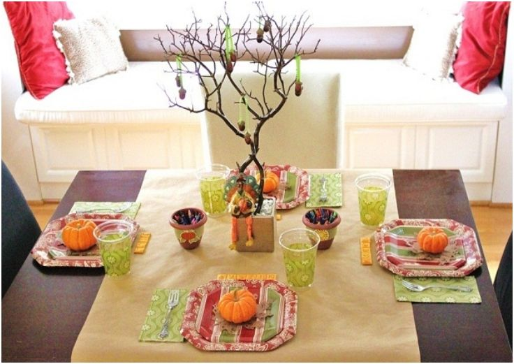 Top 10 DIY Thanksgiving Decorations For The Kids' Table