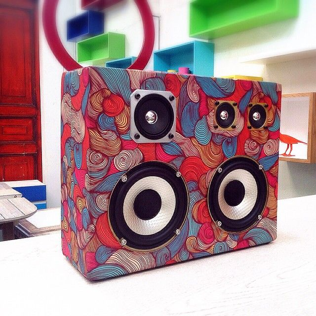 #houdBOX #print #suitcase #speaker #bluetooth #audio #houd