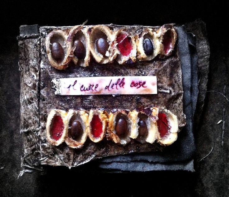 """""""Il cuore delle cose""""...libro-oggetto/ """"The heart of the things""""...book-art #artecontemporanea #contemporaryart #bookart #libroggetto"""