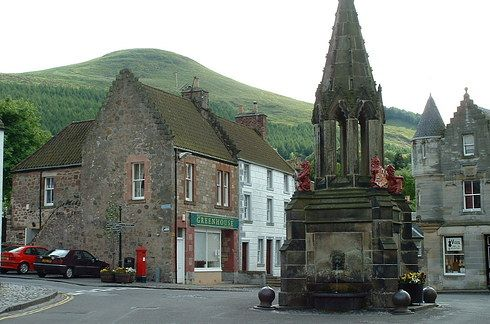 "Falkland, Fife (Inverness) | 14 Scottish Places All ""Outlander"" Fans Must Visit"