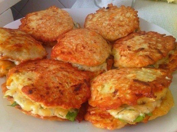 Оладьи из кабачков с сыром и чесноком