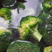 Ovenschotel met kip, broccoli, champignons en krieltjes recept