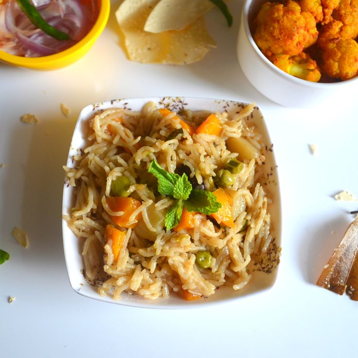 Vegetable Pulav -  Easy peesy pressure cooker 'Vegetable Pulav'.. Ready in just 30 minutes..