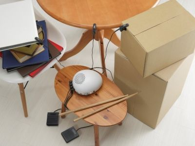 身の回りにあるおもちゃや雑貨、家具がドラムセットに早変わり!