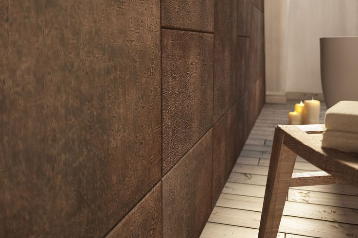 A detailed picture of the cork decoration of the LUNA leather tiles.