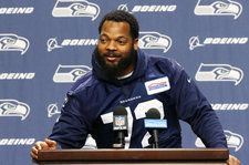 cool Seahawks' Michael Bennett to Donate 2017 Endorsement Money After Being Inspired By Chance the Rapper Check more at https://epeak.info/2017/03/10/seahawks-michael-bennett-to-donate-2017-endorsement-money-after-being-inspired-by-chance-the-rapper/