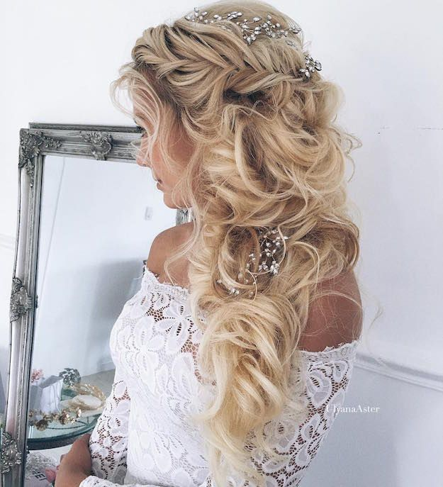 Best 20+ Curly Homecoming Hairstyles Ideas On Pinterest