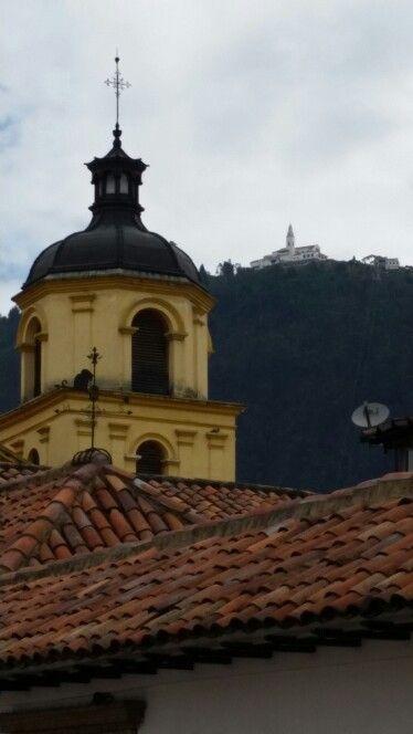La Candelaria, vista al Cerro de Monserte.