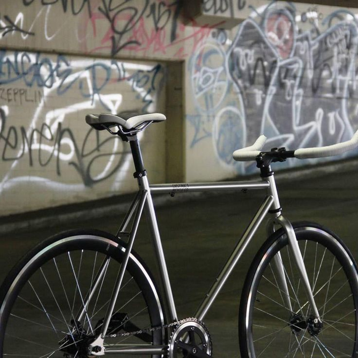 Inspired by the streets of Rio. We created La Favela #urbanicbikes #bikes #fixie