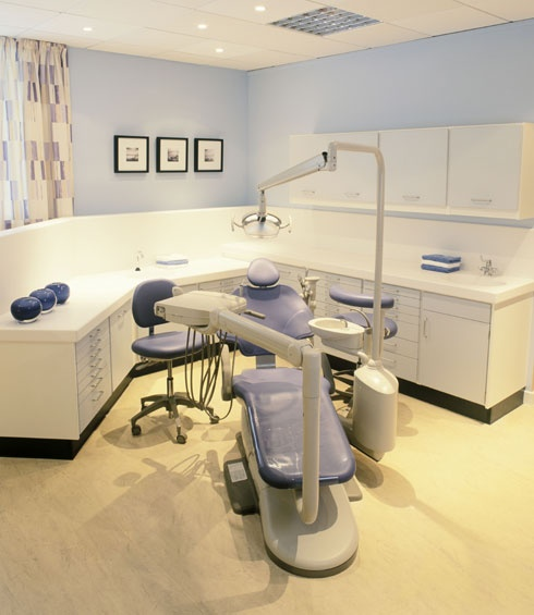 It is always important to avail the service from the professional Chandler dentist as they would have the ability to handle heavy tools and can manage the treatment efficiently. http://www.azfamilydental.com/