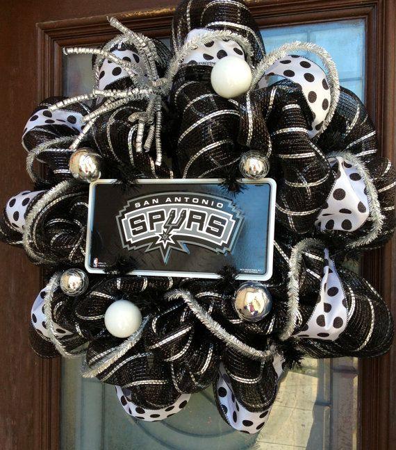 San Antonio Spurs deco mesh wreath by marisamaldonado on Etsy, $55.00