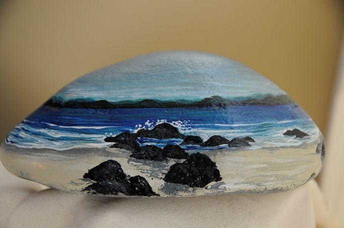 Beach scene  (painted rock)