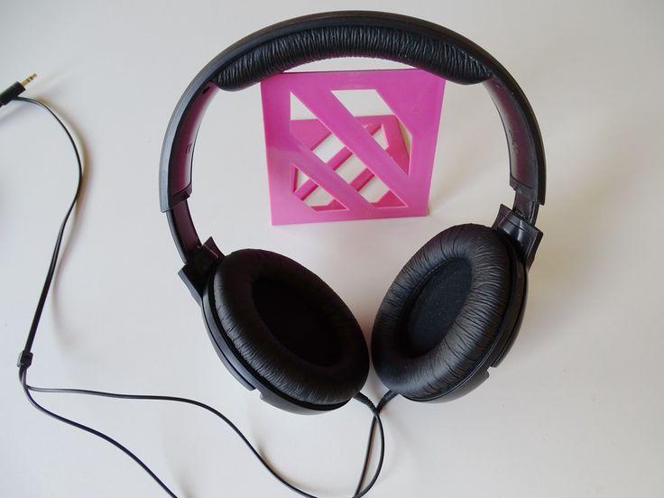 Der Kopfhörer. Die Kopfhörer.  Mit Kopfhörern kann man laute Musik hören, ohne Ärger mit den Nachbarn zu bekommen.
