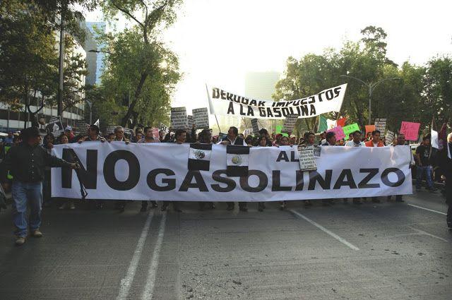 CONTRA EL GASOLINAZO (Crónica visual de la marcha del 09 de enero de 2017 en la CDMX)