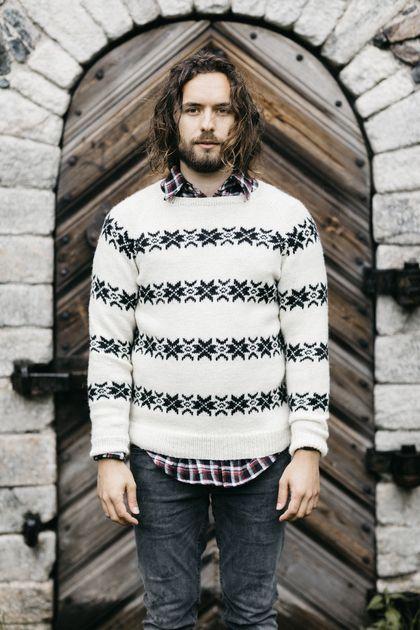 Men's colourwork sweater made with Novita Nordic Wool #knitting #knitwear #knit #sweater https://www.novitaknits.com/en