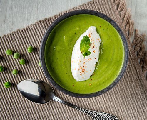 Velouté de petits pois à la menthe// Green peas and mint velouté