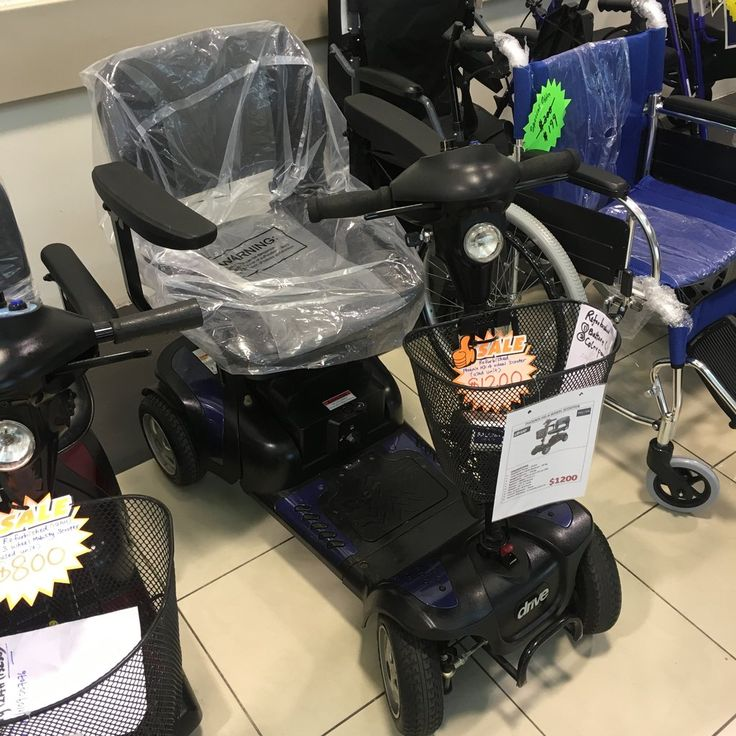 Pre-Owned Phoenix HD 4-Wheel Mobility Scooter - only $1,200! #mobilityscooter #motorisedwheelchair #preowned https://www.usedmobilityscooters.sg/products/pre-owned-phoenix-hd-4-wheel-mobility-scooter-1200