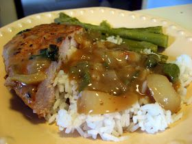 Smothered porkchops are another staple down here. It's very easy to make, too!   Cajun Smothered Porkchops and Gravy   Ingredients   4 bonel...