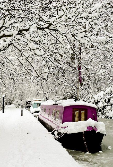 ~Snowy Day, Oxford, England~  Wasn't snowy when we went.  My family took a week long boat ride, we operated the boat, just like the one in the picture.