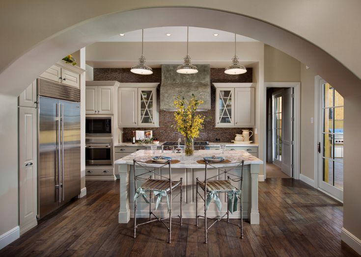 Here's how to choose the right type of laminate flooring for your home!