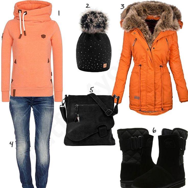Damenoutfit mit orangem Mantel und Pullover #schwarz #orange #jeans #sorel #mantel #outfit #style #fashion #womensfashion #womensstyle #womenswear #clothing #frauenmode #damenmode #handtasche  #inspiration #frauenoutfit #damenoutfit
