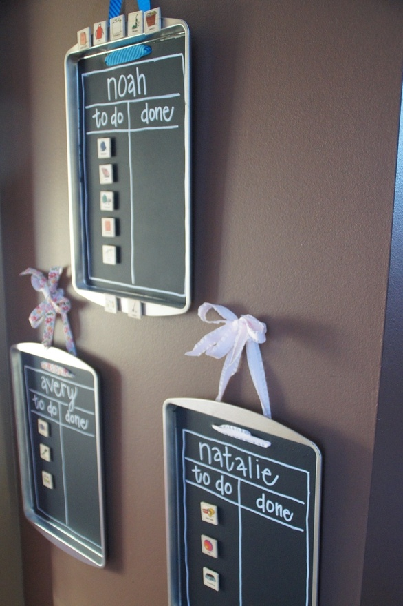 Find DIY Chore chart or To Do lists with cookie sheets and chalkboard paint! So cute! at www.urbita.com