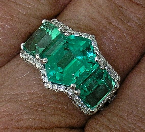 One-of-a-kind EMERALD & DIAMOND Ring in by myvintagediamondring