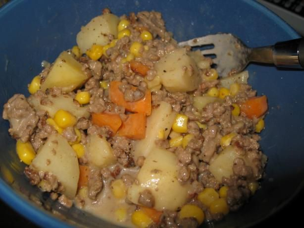 Crock Pot Hamburger 'n Potato Casserole ~~ Super tasty, I added corn and carrots and sprinkled the top with shredded cheese!!! Love that it's an all in one meal and we can eat it as soon as we walk in the door from games/practice!!