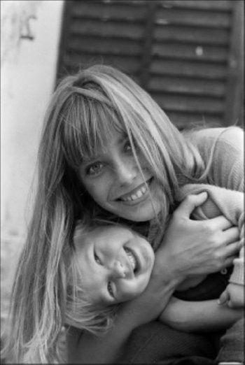 Jane Birkin and Kate Barry by Jean-Pierre Bonnotte, 1968