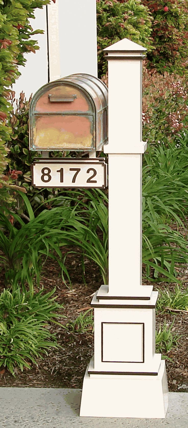 The Craftsman Aluminum Mailbox Pole with Address Sign by Streetscape is specially designed for use with the Westchester Post Mount Mailbox. Description from budgetcommercialmailboxes.com. I searched for this on bing.com/images