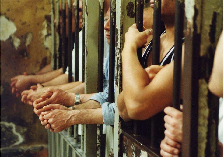 """I carcerati? (Spesso) più genuini e solidali dei """"colletti bianchi""""…"""