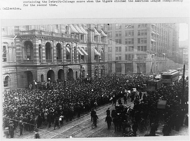 Baseball fans - crowd in front of the City Hall, Detroit, Oct. 6, 1908, watching the Free Press scoreboard containing the Detroit-Chicago score when the Tigers cinched the American League championship for the second time