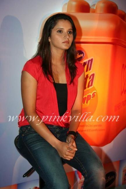 Sania Mirza at Cadbury's Bournvita Event | PINKVILLA