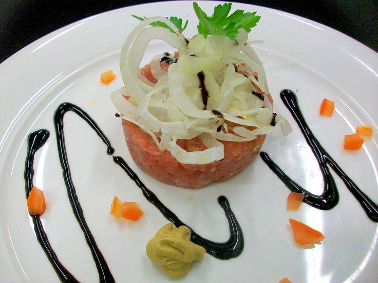 Tartare di tonno - Tuna tartare -  Steak Restaurant