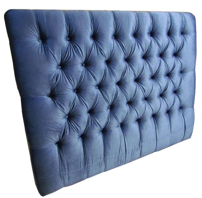 Sänggavel djuphäftad i blå sidensammet Vi erbjuder kort leveranstid och levererar inom hela