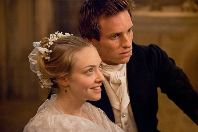 Still of Amanda Seyfried and Eddie Redmayne in Les Misérables --- I am sooo excited.