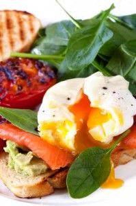 These protein-packed goodies are a staple of many diets. But just how do you perfectly poach an egg? These clever tips will show you how.