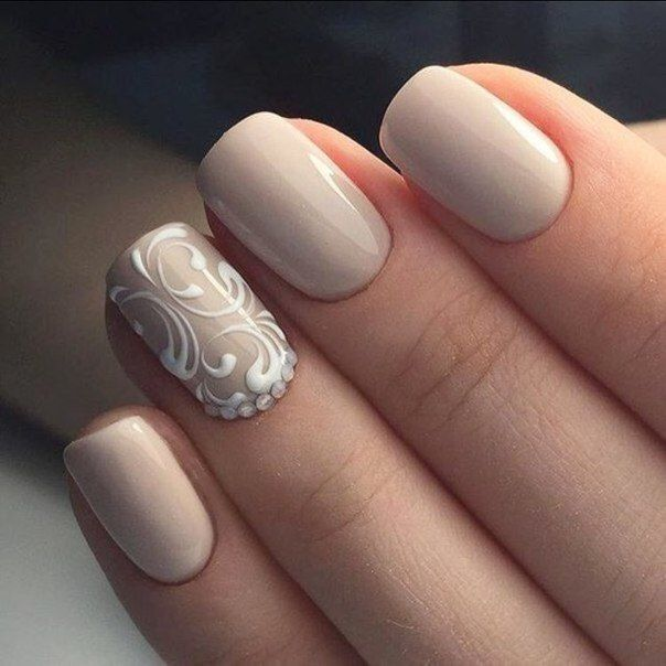 Beige gel polish, Beige shellac, Delicate christmas nails, Evening nails, Monogram nails, New year nails ideas 2017, New years nails