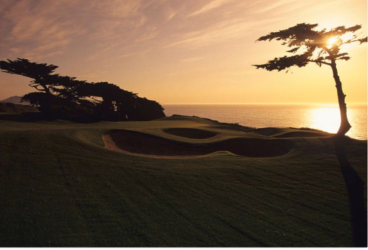 Swing for the Sunset. @golfdigest Photographed by at the Olympic Club, Hole 5 by Stephen Szurlej. #golf #golfdigest #sunset #findyourstory To purchase a print, visit condenaststore.com/?utm_content=buffer1c28a&utm_medium=social&utm_source=pinterest.com&utm_campaign=buffer